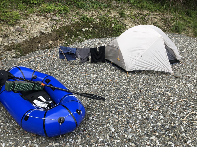 和田川の河原でキャンプ